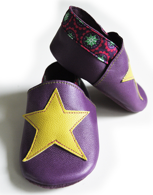 chausson cuir violet etoile anis tapioca fuchsia biomome et bomino detail