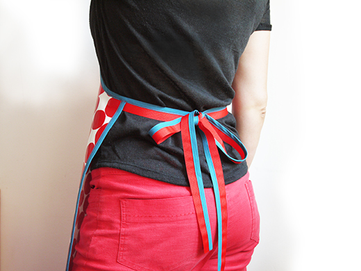 tablier tissu enduit femme bulle rouge biomome et bomino dos