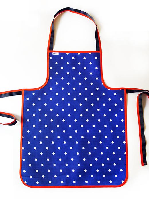 tablier tissu enduit femme bleu nuit pois blancs biomome et bomino