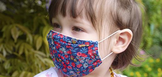 masque-barrière-tissu-à-plis-afnor-liberty-avec-filtre-covid-19-bébé-enfant-nantes-biomome-et-bomino