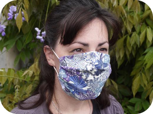 masque-barrière-tissu-à-plis-afnor-liberty-avec-filtre-covid-19-biomome-et-bomino-modele-adulte