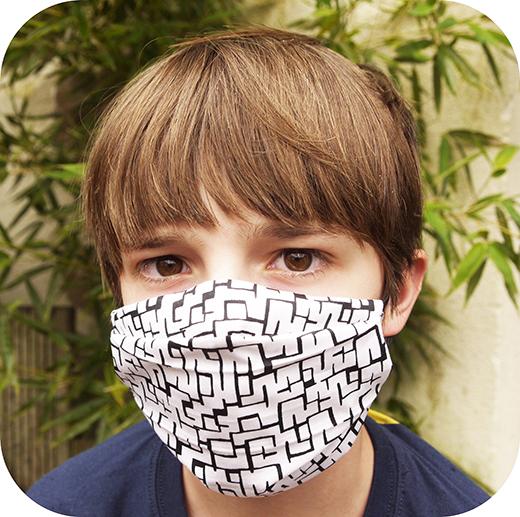 masque-barrière-tissu-à-plis-afnor-liberty-avec-filtre-covid-19-biomome-et-bomino-modele-enfant-icone